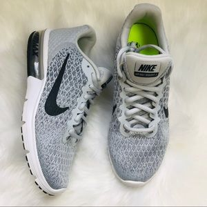 NEW Nike Air Max Sequent 2 sneakers